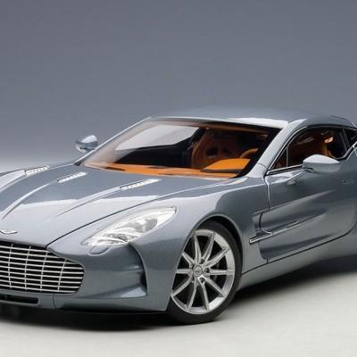 AUTOART Aston Martin One -77 2009
