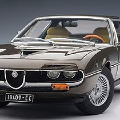 AUTOART Alfa Romeo Montreal 1970